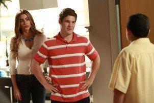 "Adam DeVine guest stars on Modern Family's ""The Help"" episode"